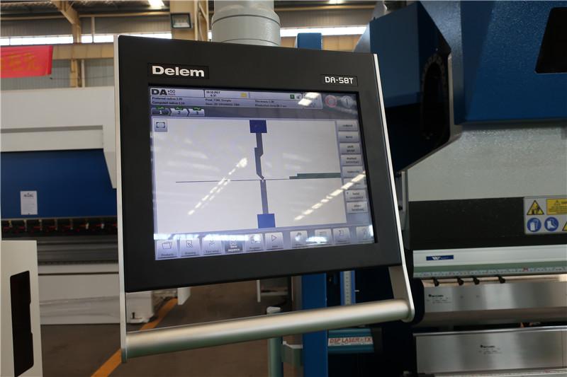 Sistemi CNC Delem DA58T 2D