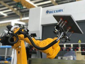 Sistem qelizash robotike bending për frenim automatik të shtypit robot të fletës metalike