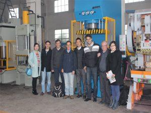 Delegacioni i Perusë erdhi për të vizituar fabrikën tonë dhe për të blerë makineri