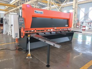 QC11y K-4X2500 fletë metalike çeliku hidraulike gijotinë makinë prerje për prerje hekuri alumini