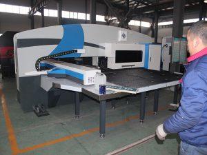 përdoret shtypja e grushtit të grilës CNC