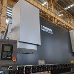 CNC NC automatike elektrike hidraulike horizontale busbar çeliku fletë metalike prerja dhe lakimi makinë shtypi makinë çmimi për shitje